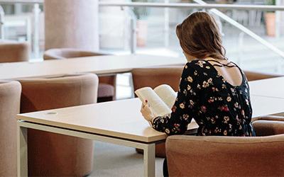 a középiskolás diákok és a felsőoktatásban tanulók nagy része is küzd különböző tanulási nehézségekkel