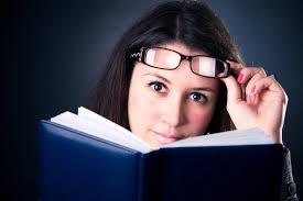 A gyorsolvasók átlagosan 250 szó / percnél nagyobb sebességgel képesek olvasni (reálisan 300-450 szó is bárkinek elérhető a 180 szavas normál olvasáshoz képest) és átlag feletti eredményeket érnek el a szövegértésben.